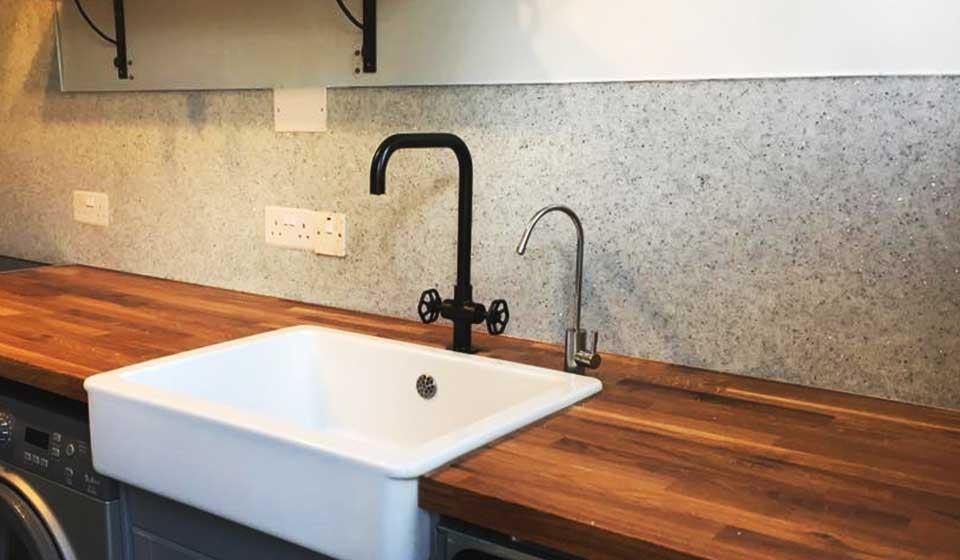 quartz-kitchen-wall