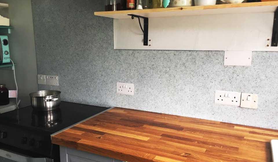 quartz-wall-kitchen-wall