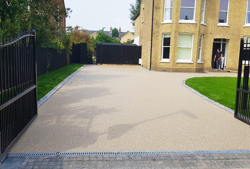 /resin-bound-driveway-london